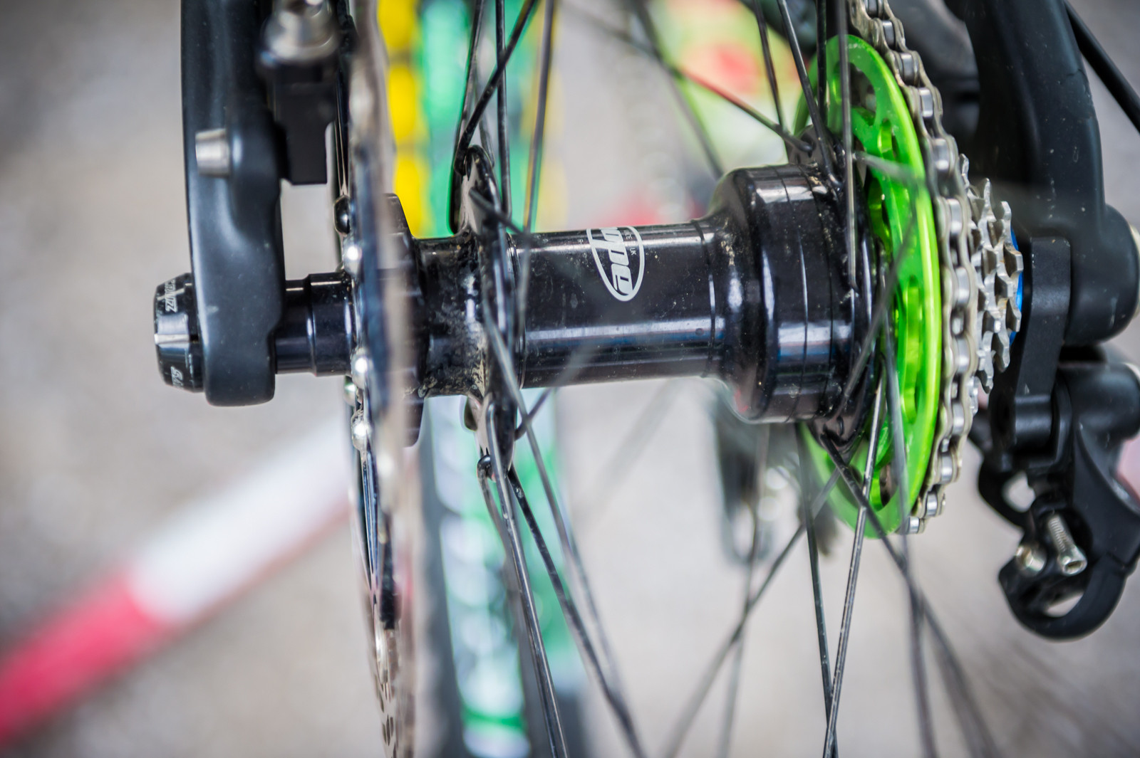 Prototype Hope Hubs and Rims - PIT BITS - Leogang World Cup Downhill - Mountain Biking Pictures - Vital MTB