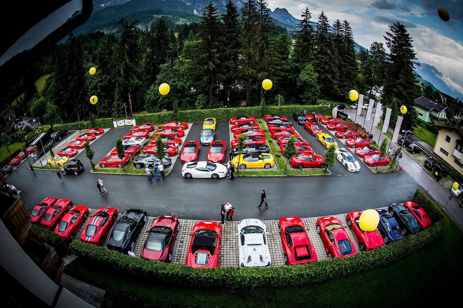 PIT BITS - Leogang World Cup - Media Parking - PIT BITS - Leogang World Cup Downhill - Mountain Biking Pictures - Vital MTB