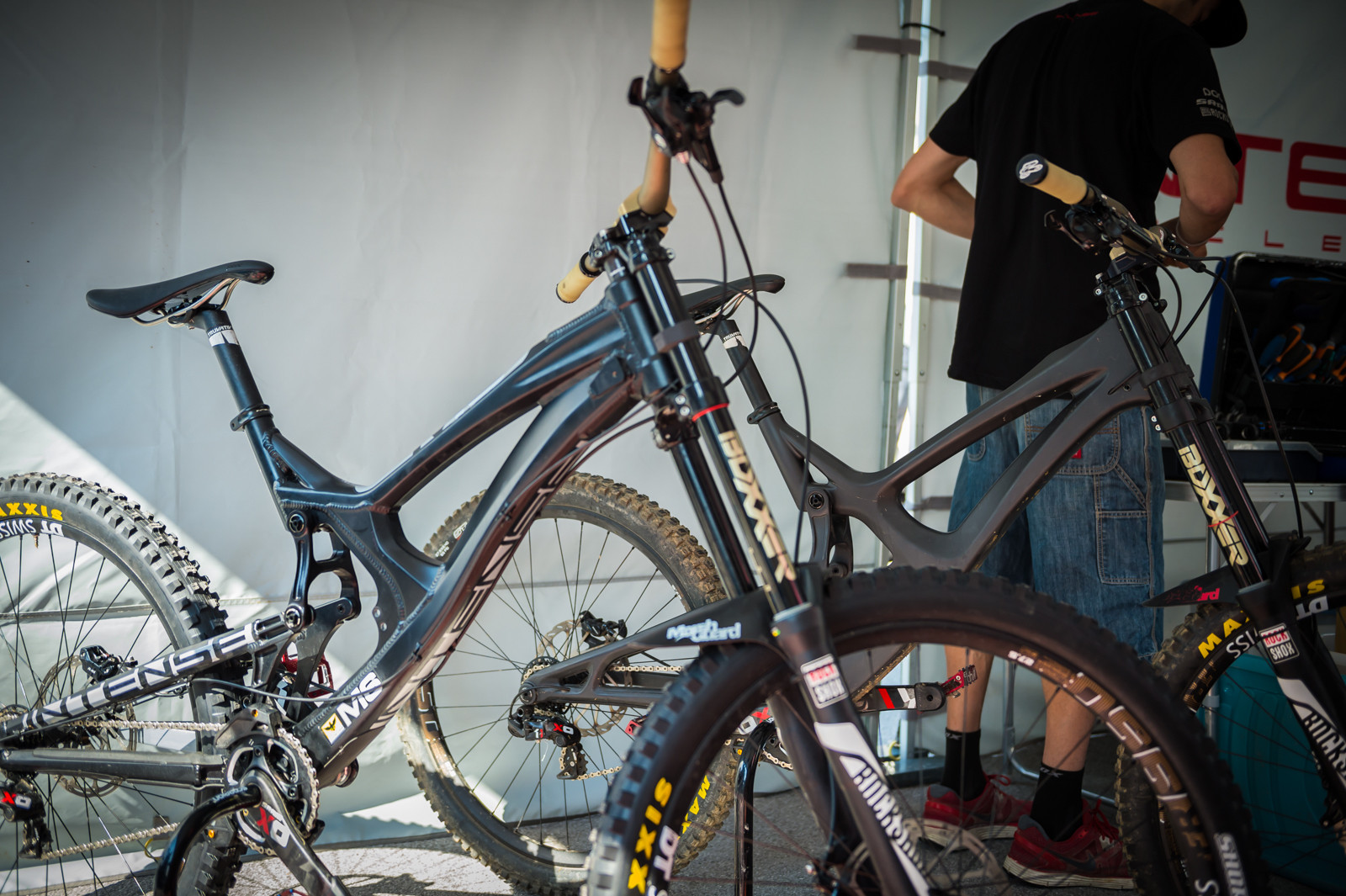 Intense Carbon M16 - PIT BITS - Leogang World Cup Downhill - Mountain Biking Pictures - Vital MTB
