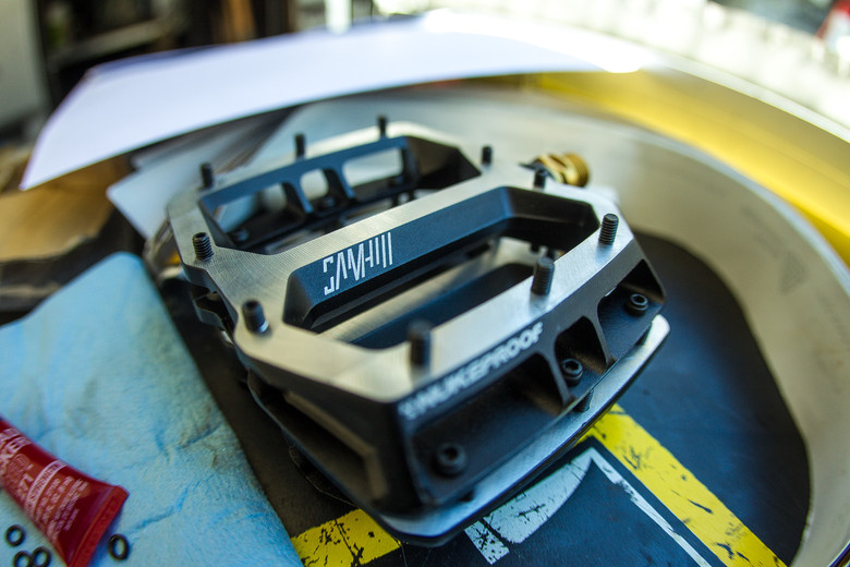 WORLD CUP PIT BITS - New Nukeproof Sam Hill Pedals