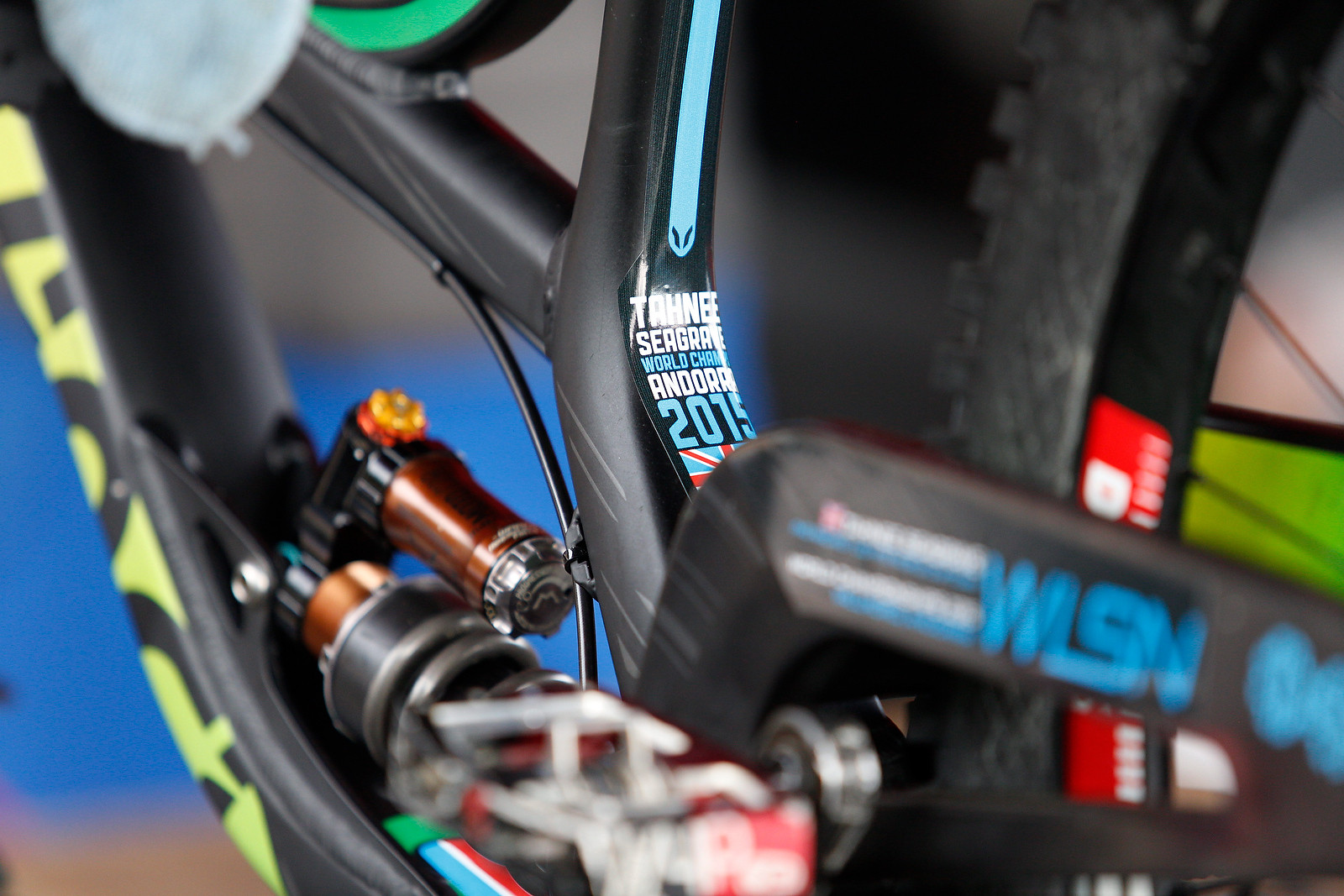 Tahnee Seagrave's Devinci Wilson and Kit for World Champs - PIT BITS - 2015 WORLD CHAMPS - Mountain Biking Pictures - Vital MTB