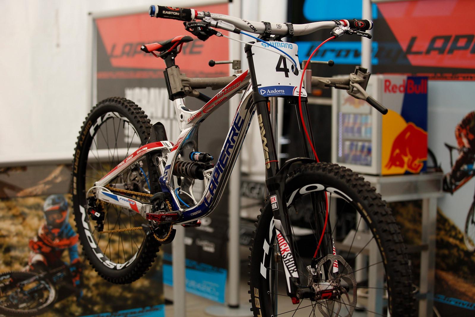 Lapierre World Champs Bikes for Loic Bruni and Loris Vergier - PIT BITS - 2015 WORLD CHAMPS - Mountain Biking Pictures - Vital MTB