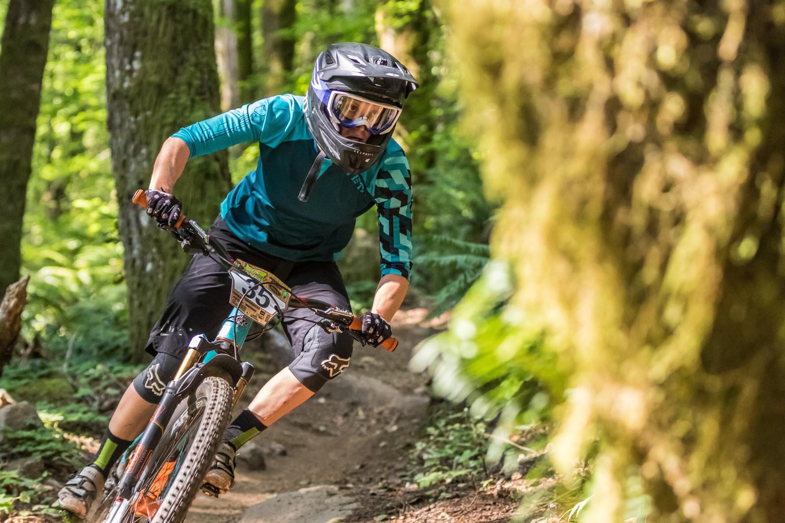 Kim Russell, Oregon Enduro Series Finals - 2015 Oregon Enduro Series Finals Mt. Hood - Mountain Biking Pictures - Vital MTB