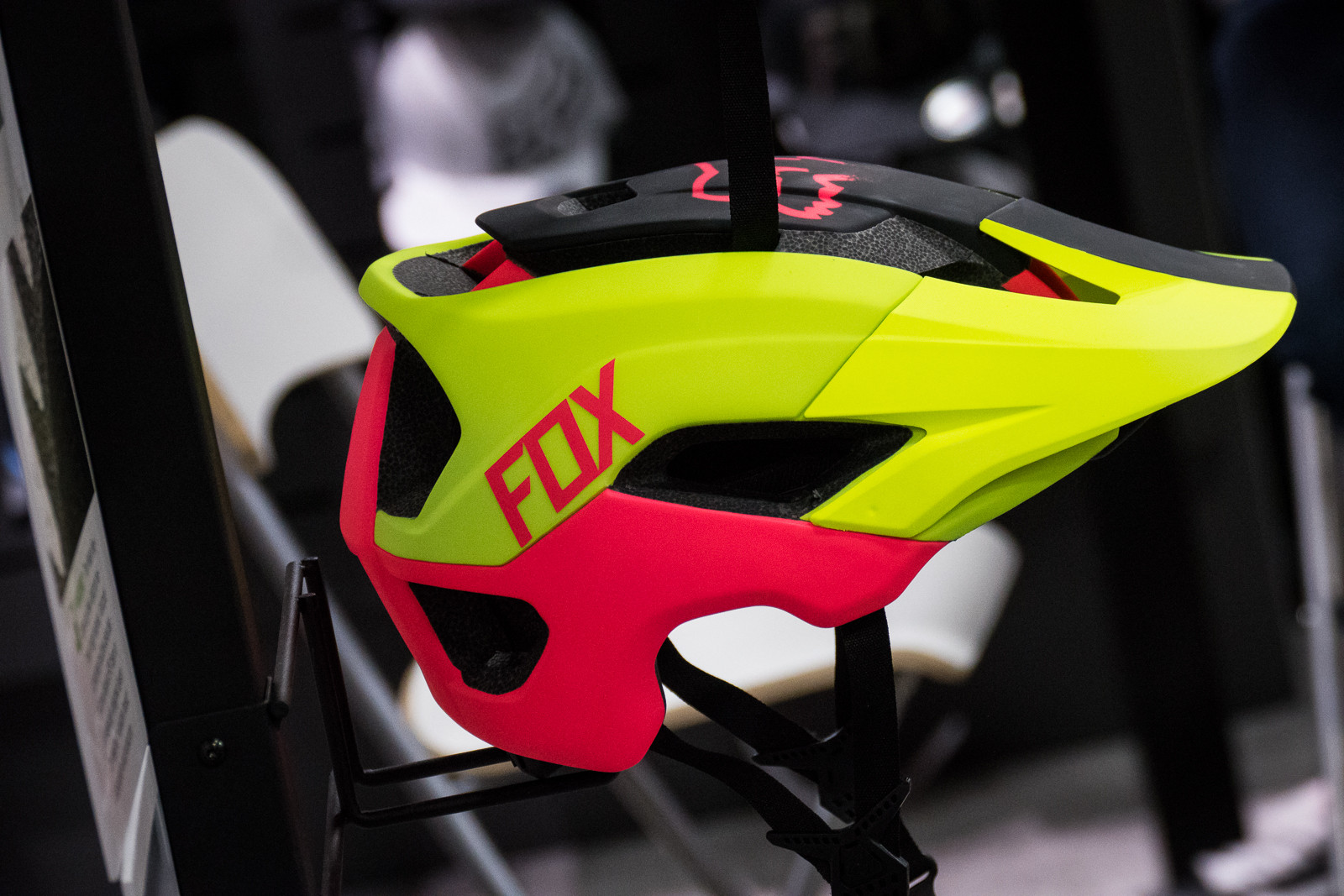 2016 Fox Racing Metah Helmet - 2016 Protective Gear and Apparel at Interbike - Mountain Biking Pictures - Vital MTB