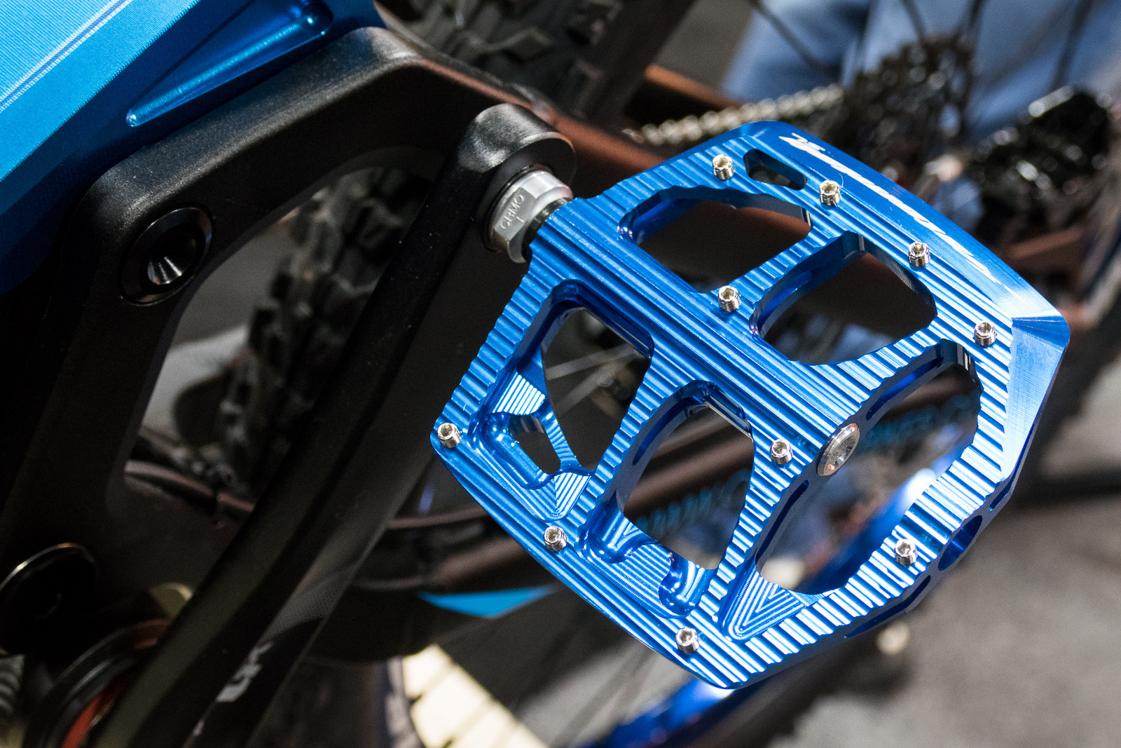 Atomlab SL Pedal - 2016 Bike Components at Interbike - Mountain Biking Pictures - Vital MTB
