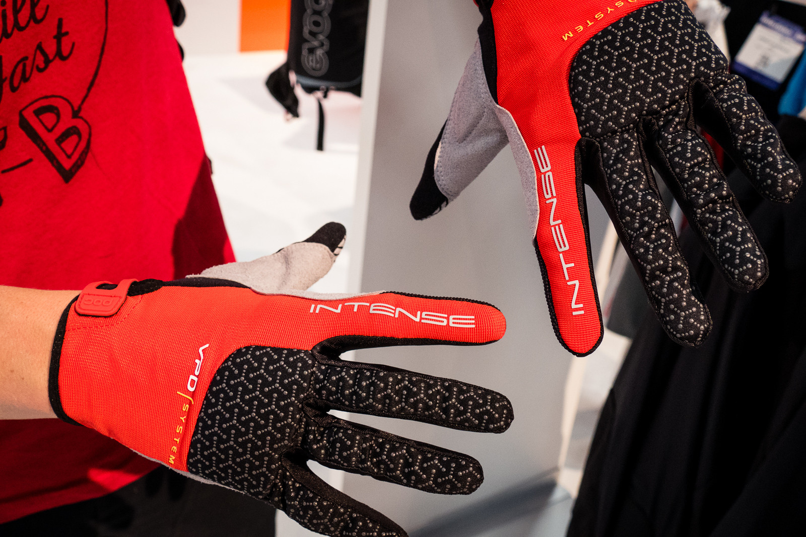POC Index DH Gloves - 2016 Protective Gear and Apparel at Interbike - Mountain Biking Pictures - Vital MTB