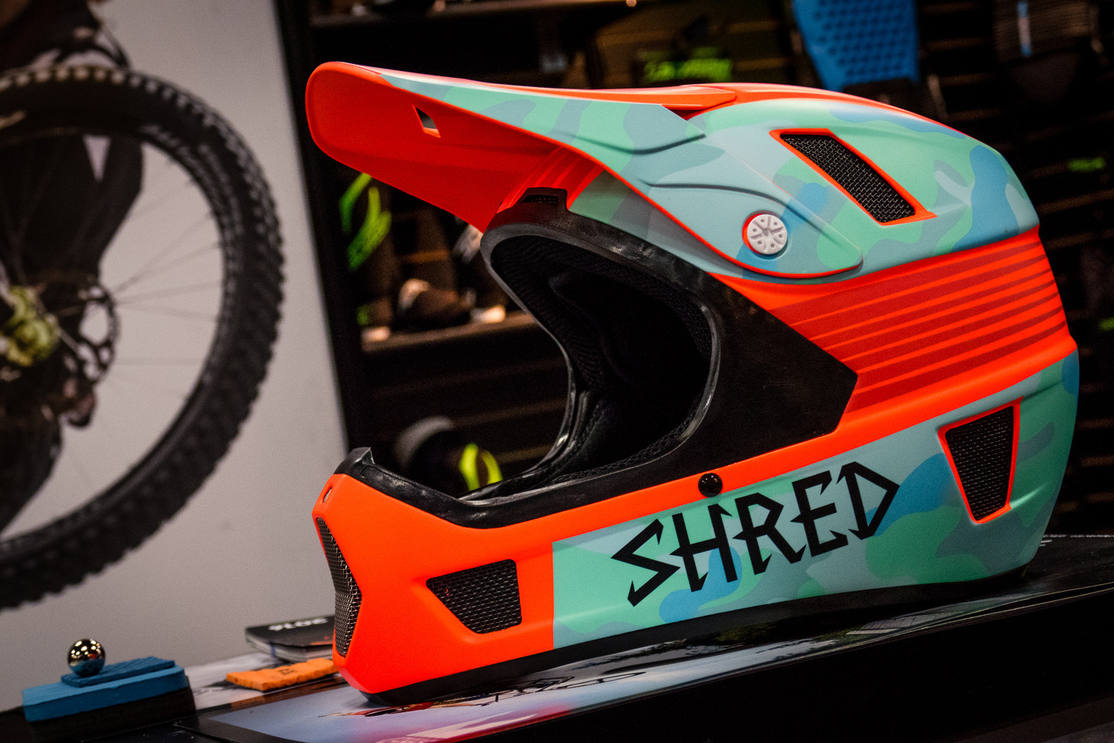 Shred Brainbox Full Face Helmet - 2016 Protective Gear and Apparel at Interbike - Mountain Biking Pictures - Vital MTB
