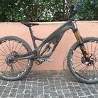 Prototype Carbon Enduro Bike from the UK - Arbr Saker
