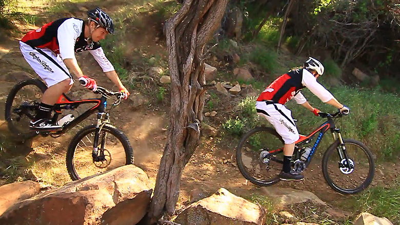 2013 Specialized Stumpjumper Carbon EVO 26 & 29. Which is Faster?