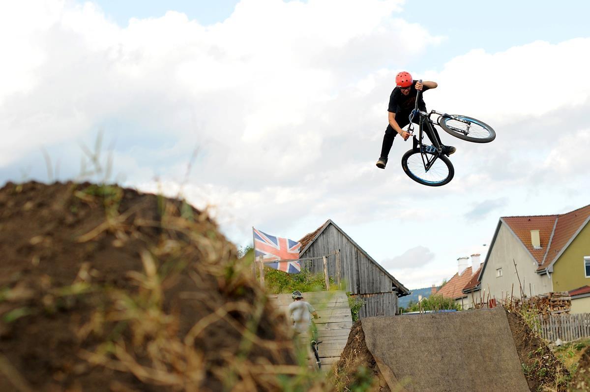 Euro - Nándi - Mountain Biking Pictures - Vital MTB
