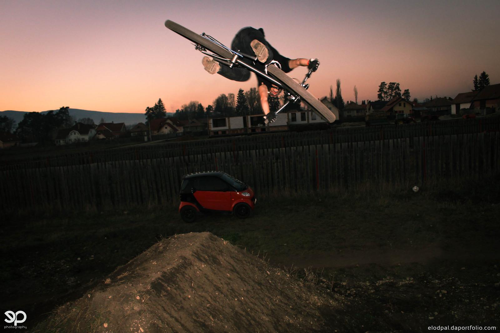 Dump 360 - Nándi - Mountain Biking Pictures - Vital MTB