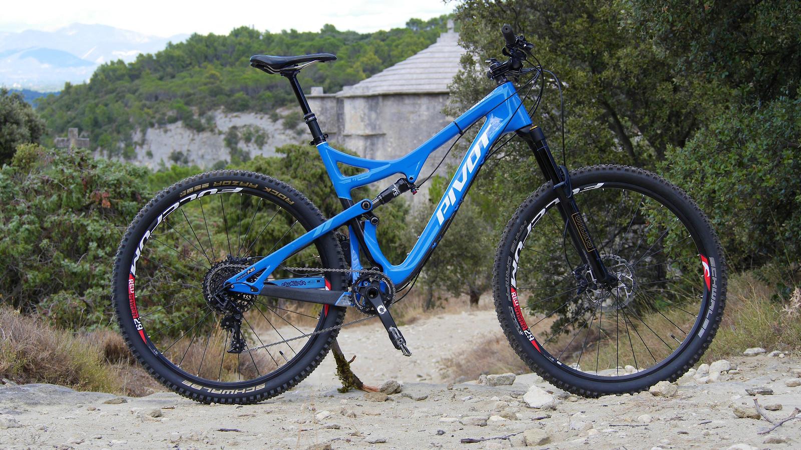 "Pivot Cycles Mach 429 Trail (XL) ""TchoukTV Edition"" - My second one"
