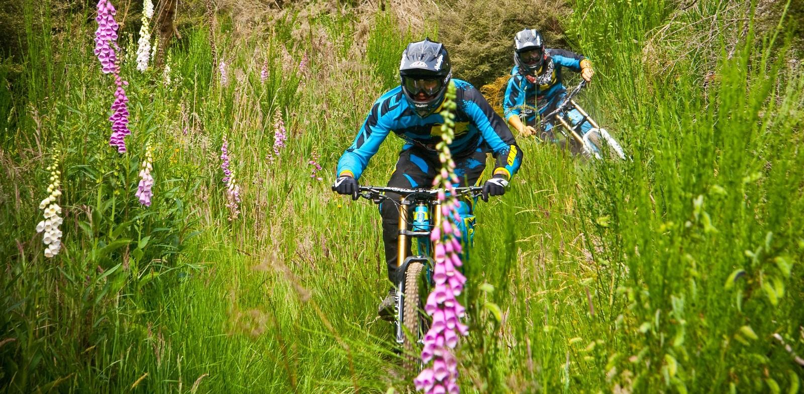Dylan and Raphael - Banditdh - Mountain Biking Pictures - Vital MTB