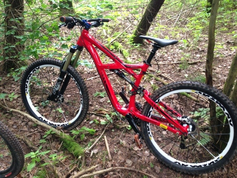 KevSorge's Specialized Enduro !