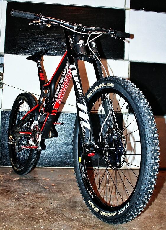 XL Santa Cruz v10.5 full carbon goodness