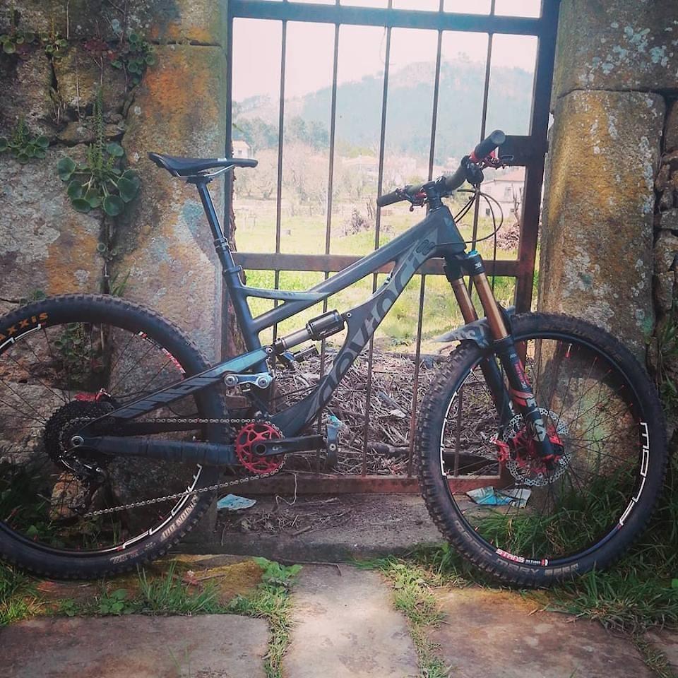 DEVINCI SPARTAN + HOPE Components = Dream bike