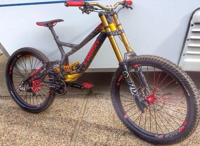 8403c273058 Specialized Demo 8 Carbon TroyLee Designs - keithmorelan187's Bike ...