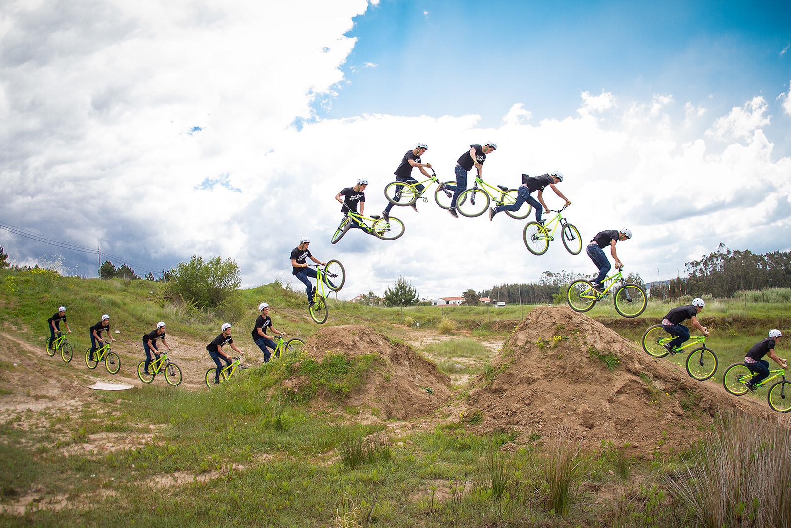 """Nuno """"Pintas"""" // Double whip // Gaeiras - miguelbento - Mountain Biking Pictures - Vital MTB"""