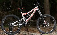 S200x600_2012_specialized_statuss