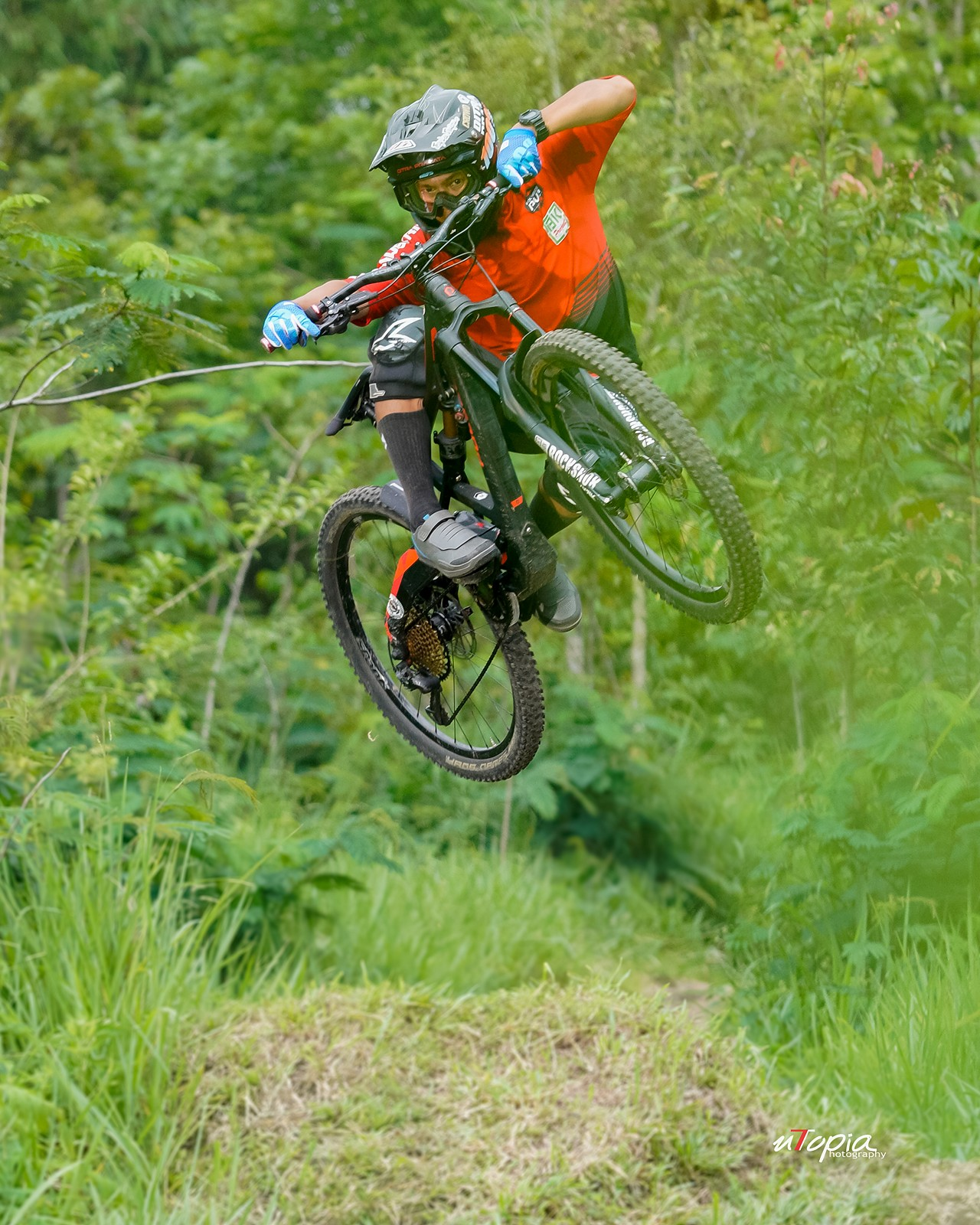 Jump with style - utopiaarch - Mountain Biking Pictures - Vital MTB