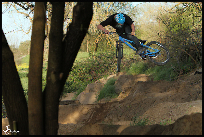 Whip the Hip - Christian - Mountain Biking Pictures - Vital MTB