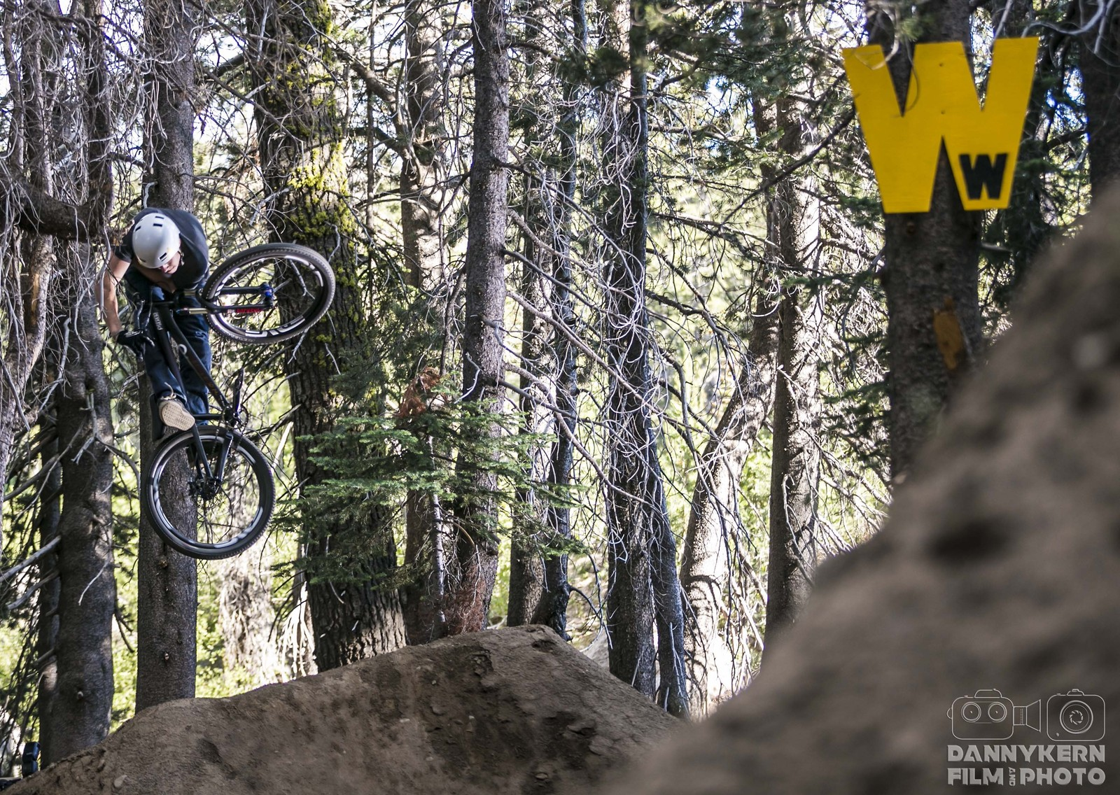 Invert in the woods. - Christian - Mountain Biking Pictures - Vital MTB