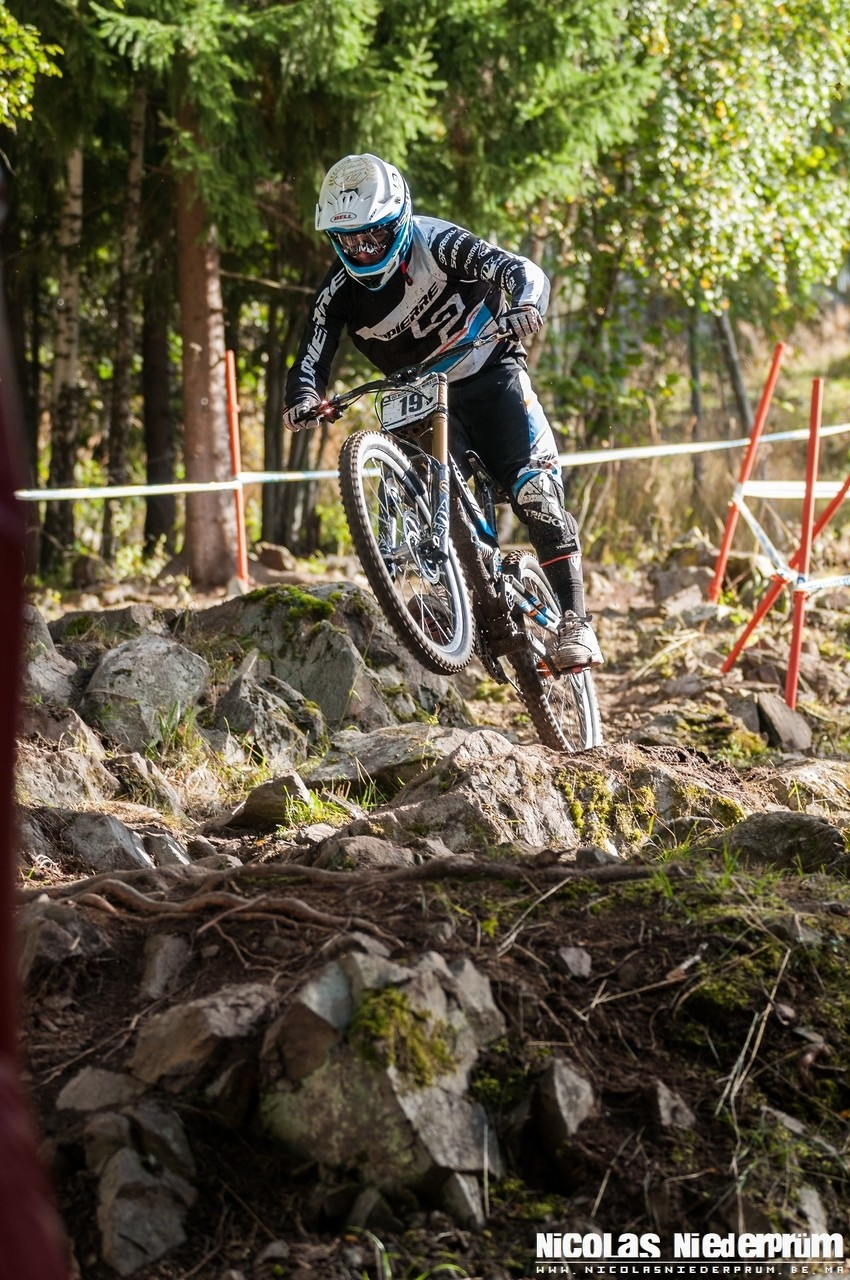 Loic Bruni @Hafjell (Norway) Downhill World Cup 2012 - born_to_ride - Mountain Biking Pictures - Vital MTB