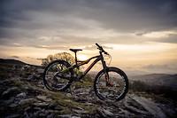 S200x600_se_new_bike_7720_1509475180