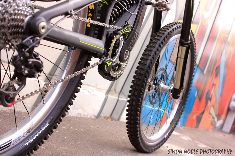 2013 Santacruz V10 Carbon sickness....