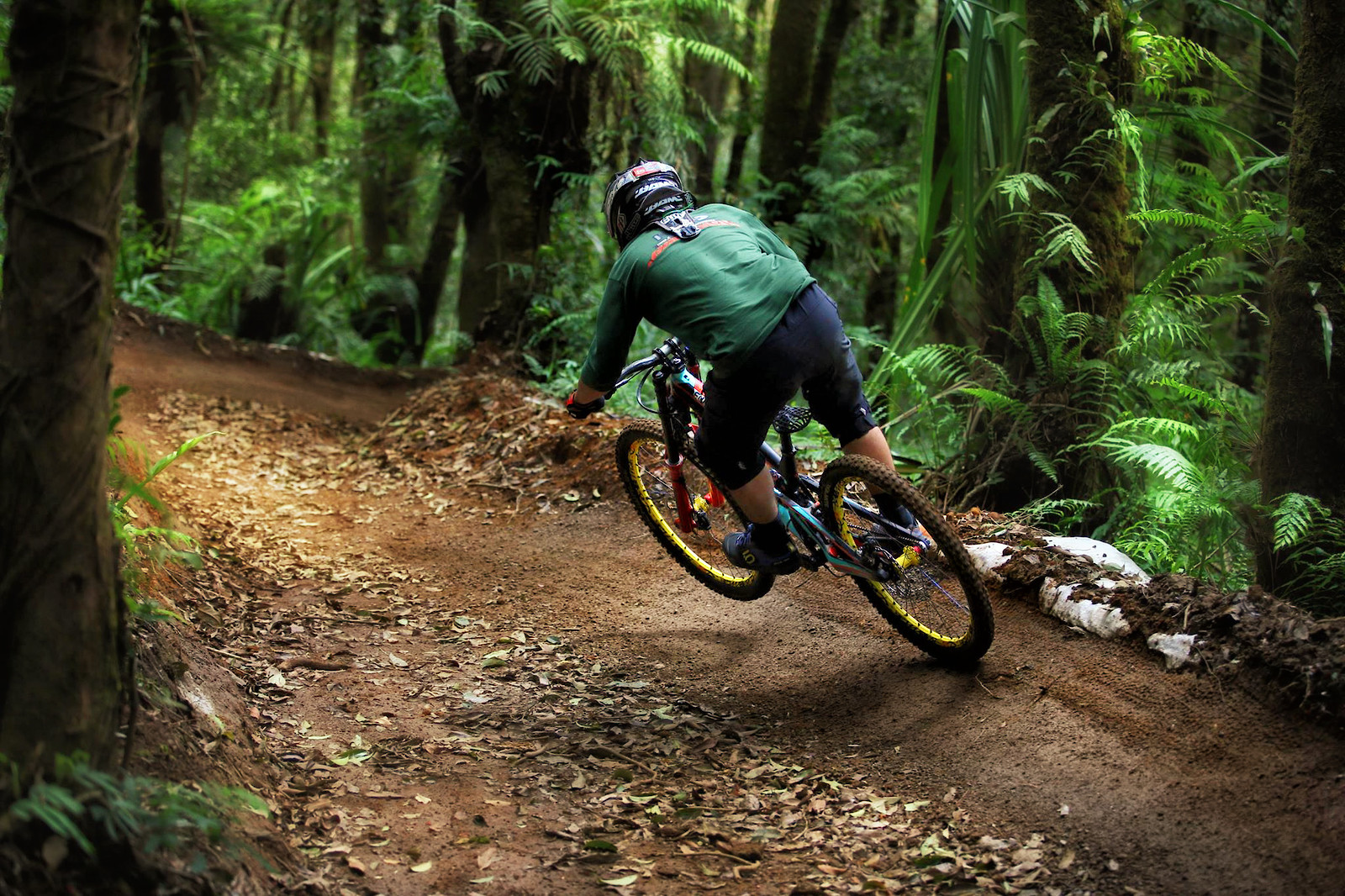 bahenolicious-01 - bismojo - Mountain Biking Pictures - Vital MTB