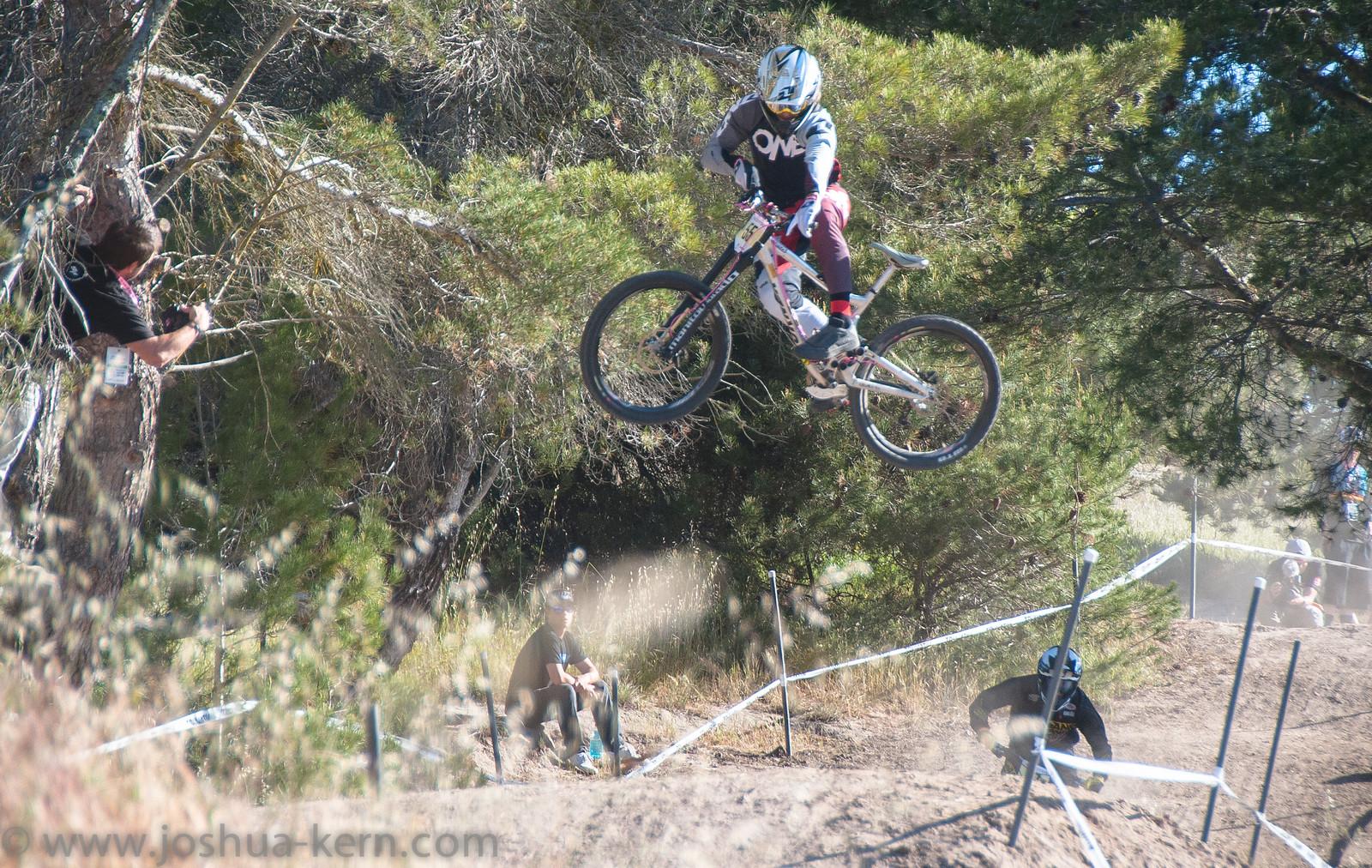 4-18-13DHPractice (3 of 17) - jkern620 - Mountain Biking Pictures - Vital MTB