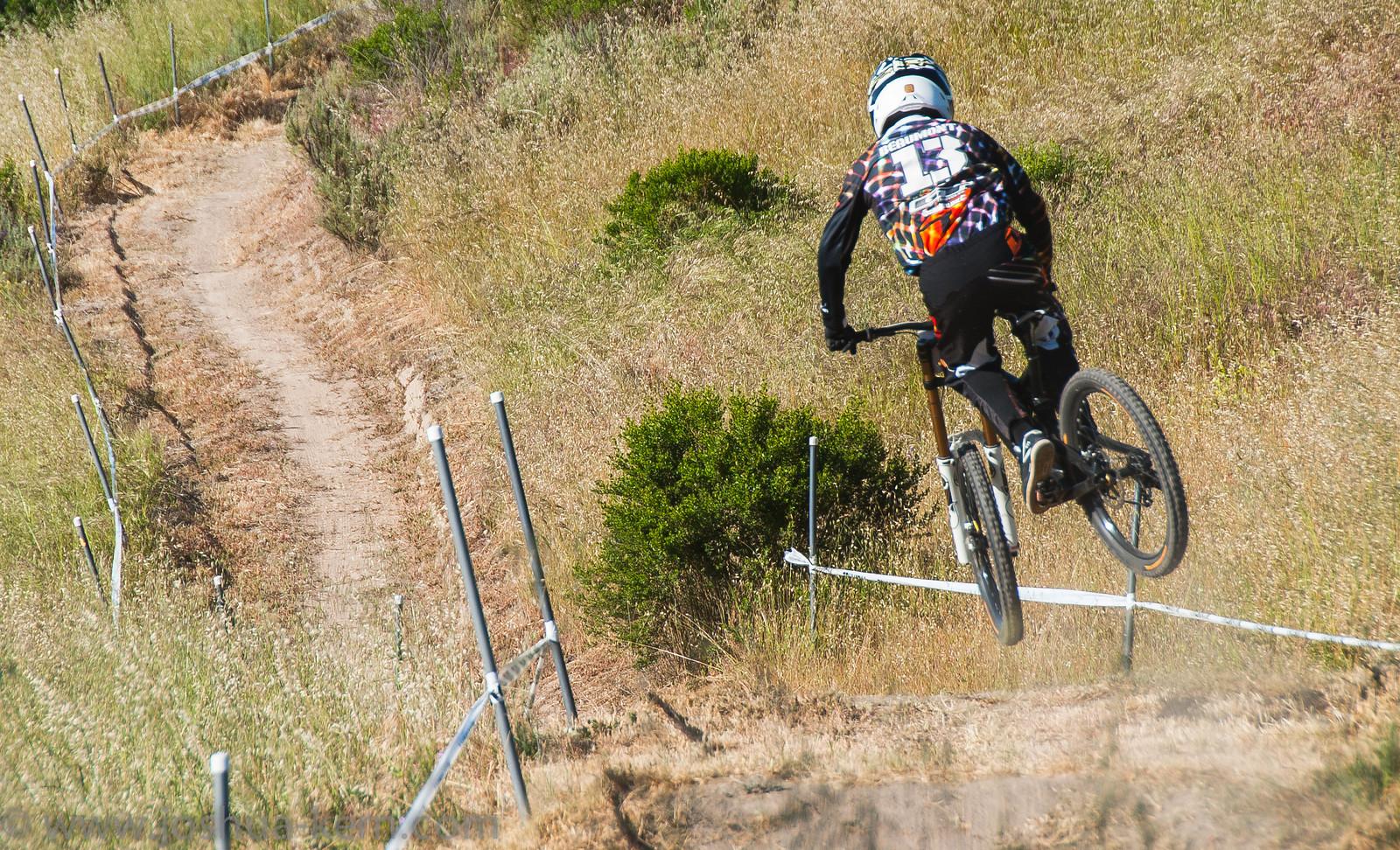 4-18-13DHPractice (4 of 17) - jkern620 - Mountain Biking Pictures - Vital MTB