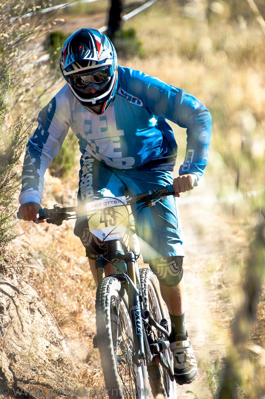 4-18-13DHPractice (5 of 17) - jkern620 - Mountain Biking Pictures - Vital MTB