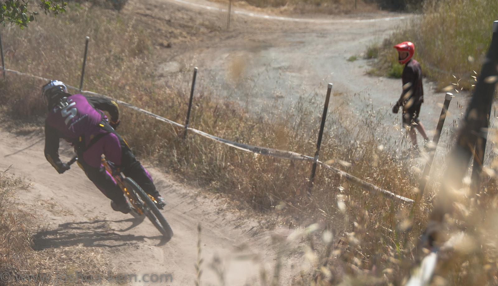 4-19-13DHPractice (24 of 36) - jkern620 - Mountain Biking Pictures - Vital MTB