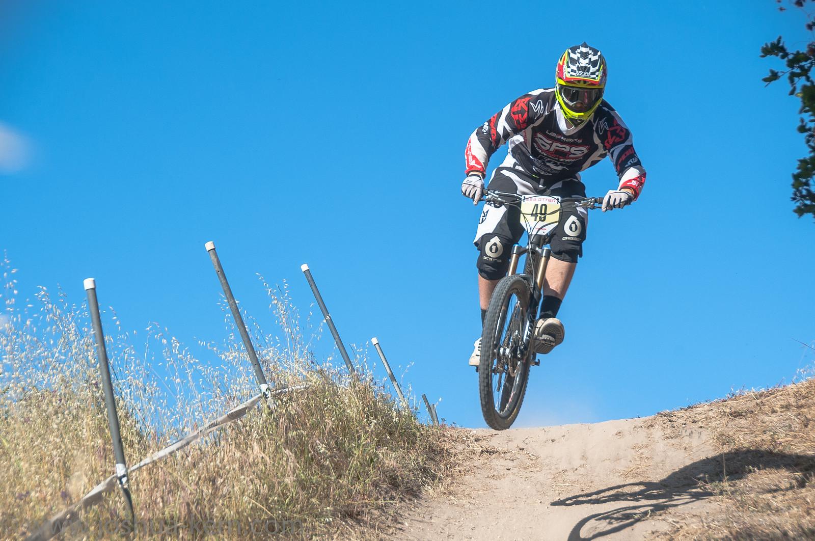4-19-13DHPractice (28 of 36) - jkern620 - Mountain Biking Pictures - Vital MTB
