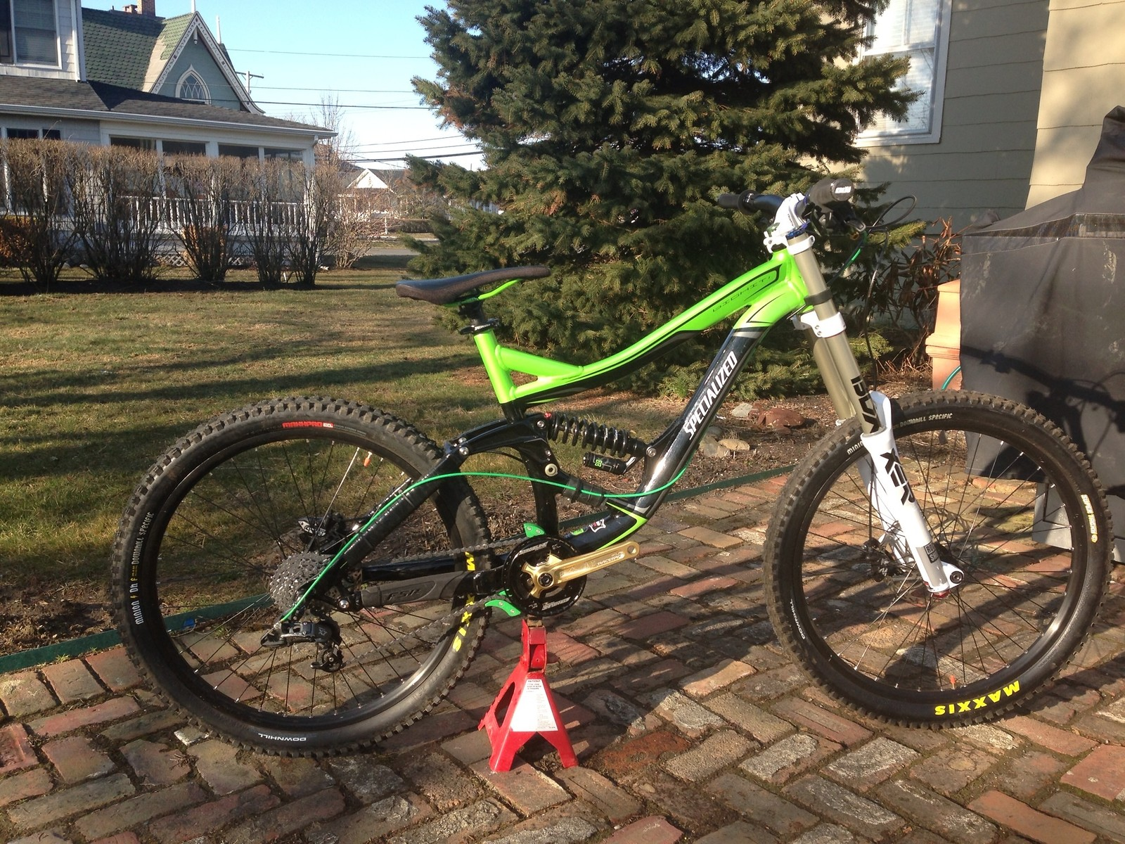 """Specialized big hit """"demo on a budget"""""""