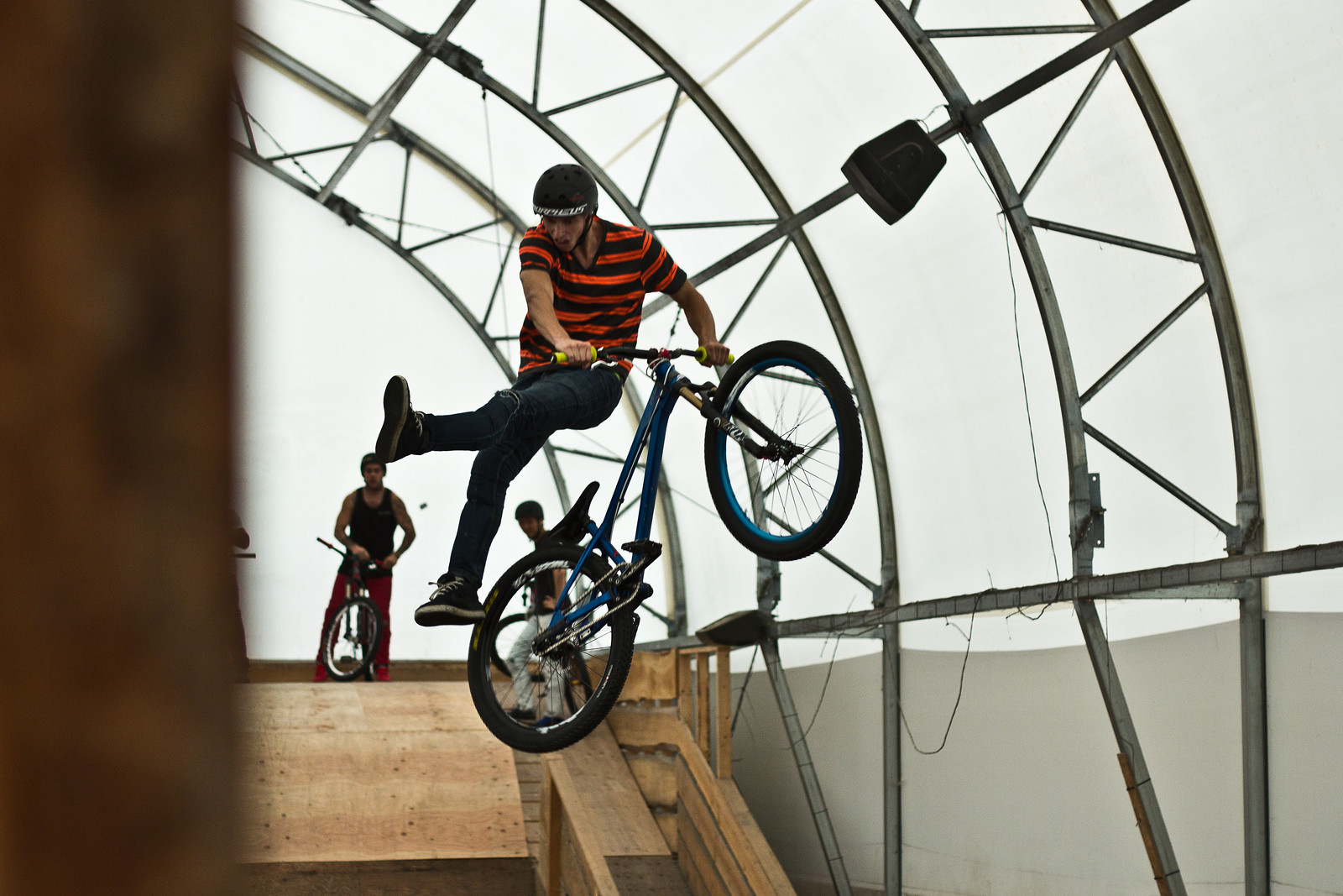 AirDome-8 - KazYamamura - Mountain Biking Pictures - Vital MTB