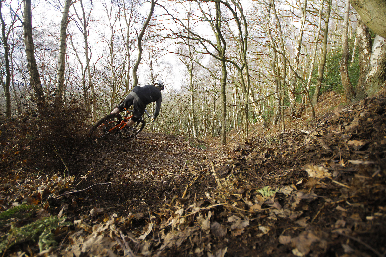 The perfect catch bank - CaldwellVisuals - Mountain Biking Pictures - Vital MTB