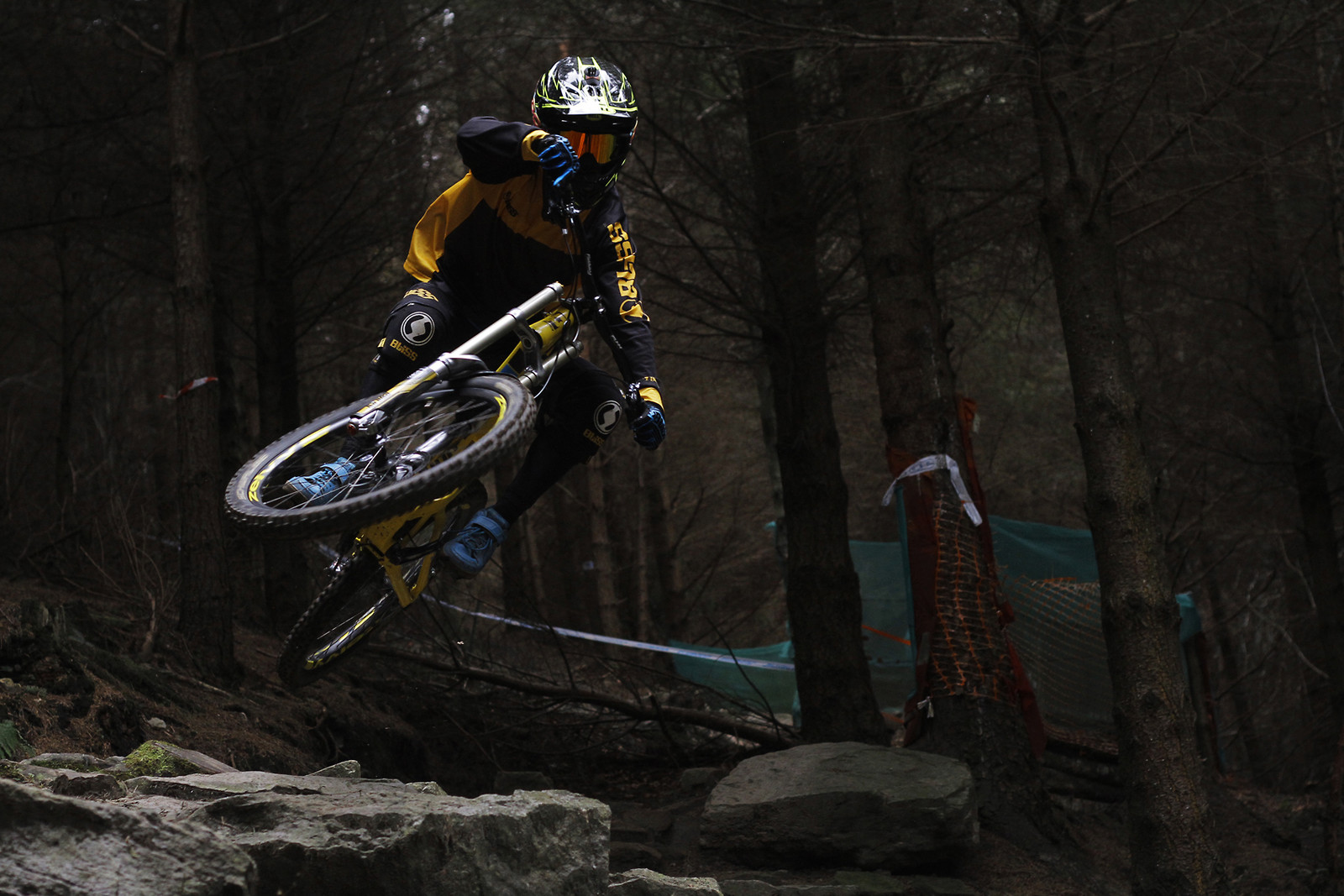 Young gun James Purvis pulling shapes - CaldwellVisuals - Mountain Biking Pictures - Vital MTB
