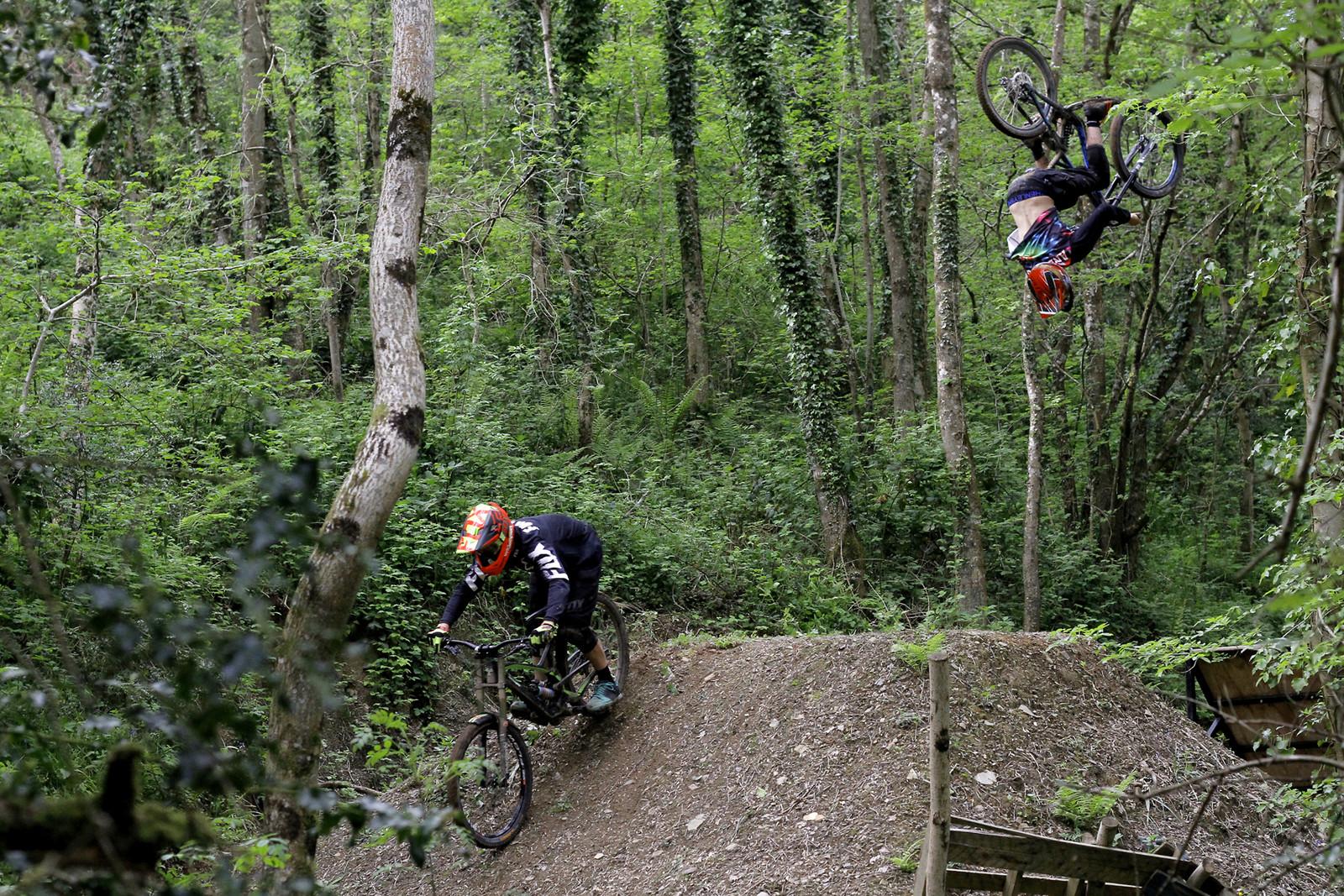 Backflip train - CaldwellVisuals - Mountain Biking Pictures - Vital MTB