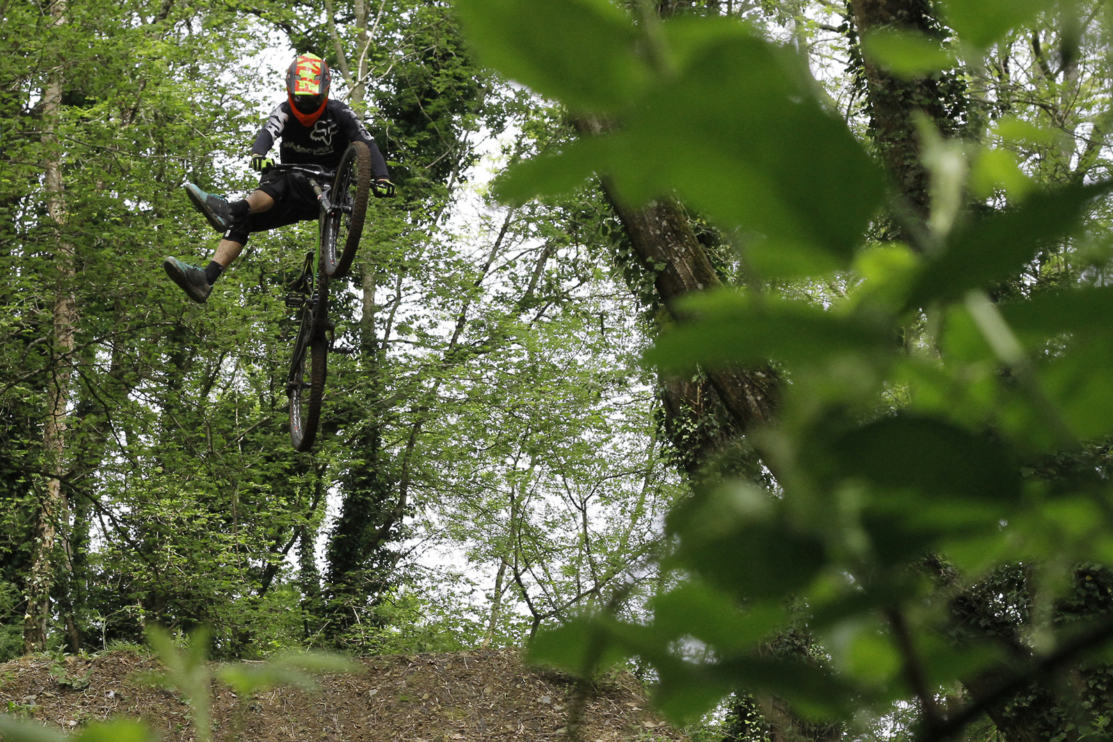 Kye Forte going old schol - CaldwellVisuals - Mountain Biking Pictures - Vital MTB