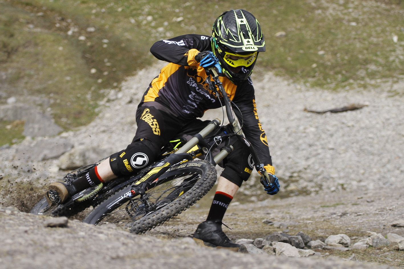 Foot out, flat out - CaldwellVisuals - Mountain Biking Pictures - Vital MTB