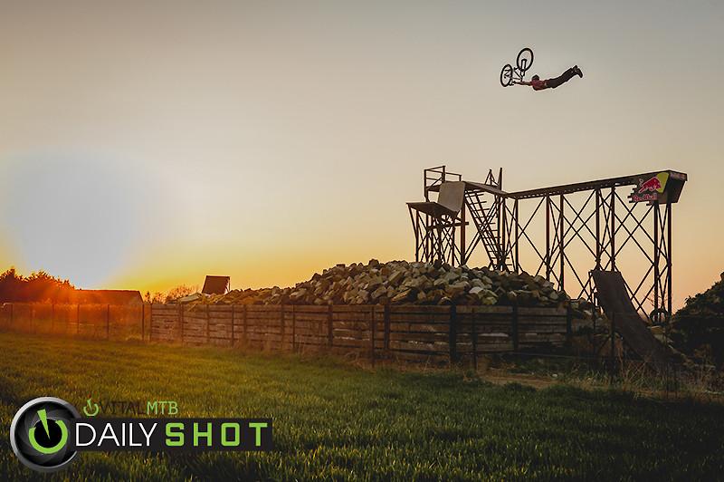 Pszemek u Szymka-3 - Kick!Photo - Mountain Biking Pictures - Vital MTB
