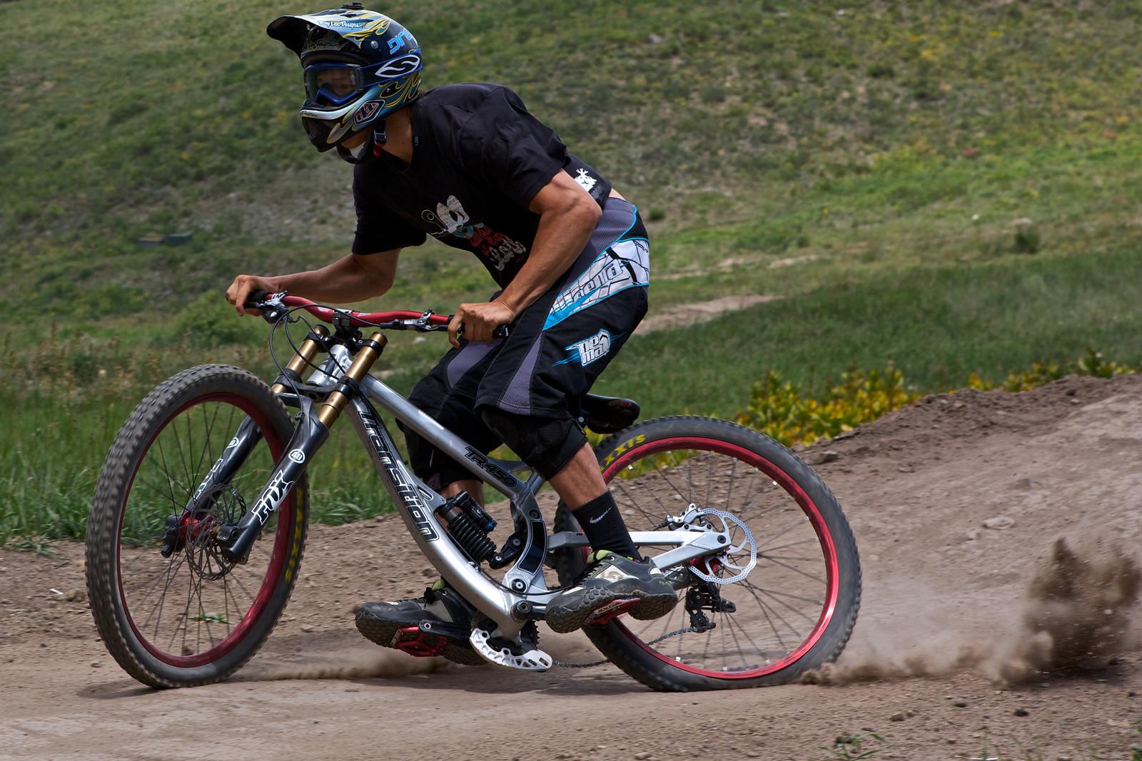 gettin rowdy - 303rider - Mountain Biking Pictures - Vital MTB