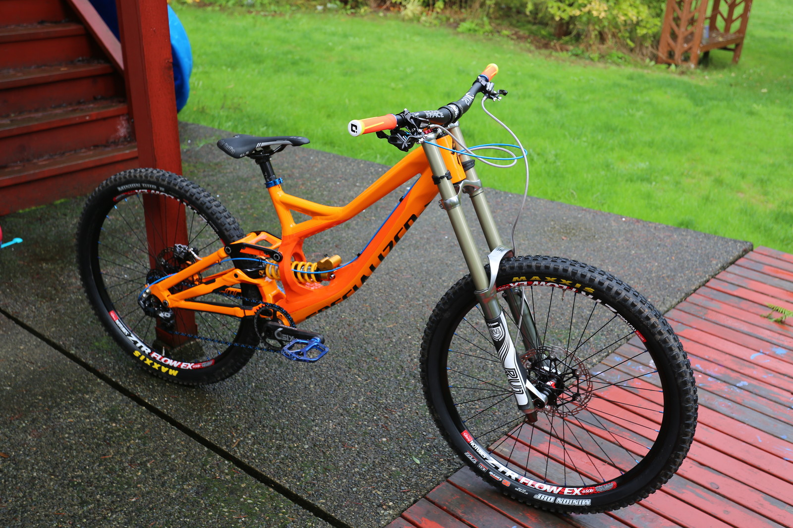 2015 Demo 8 650B front end