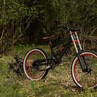 Commencal V2 Hot Rod