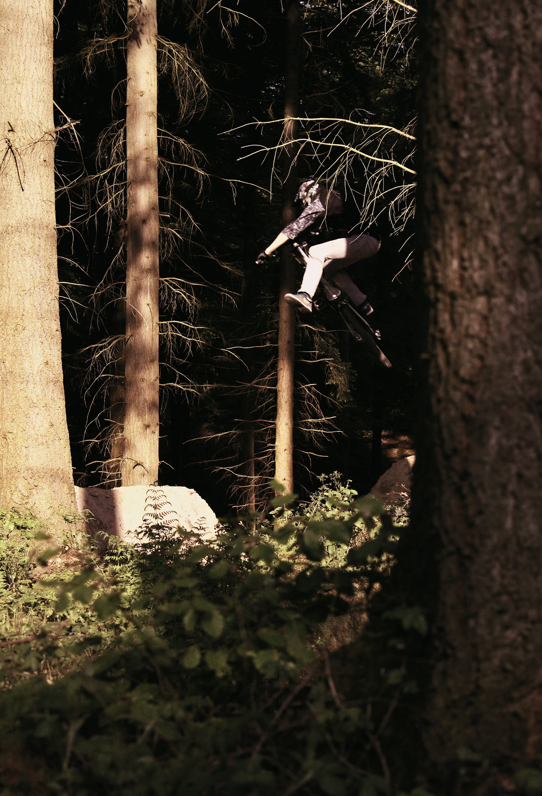 Ben Dobbin busting a one foot table - bikematter - Mountain Biking Pictures - Vital MTB