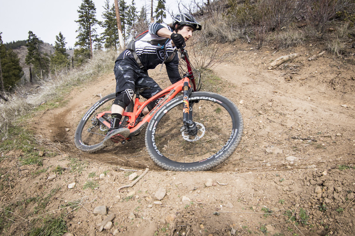 The Following - Smutok - Mountain Biking Pictures - Vital MTB