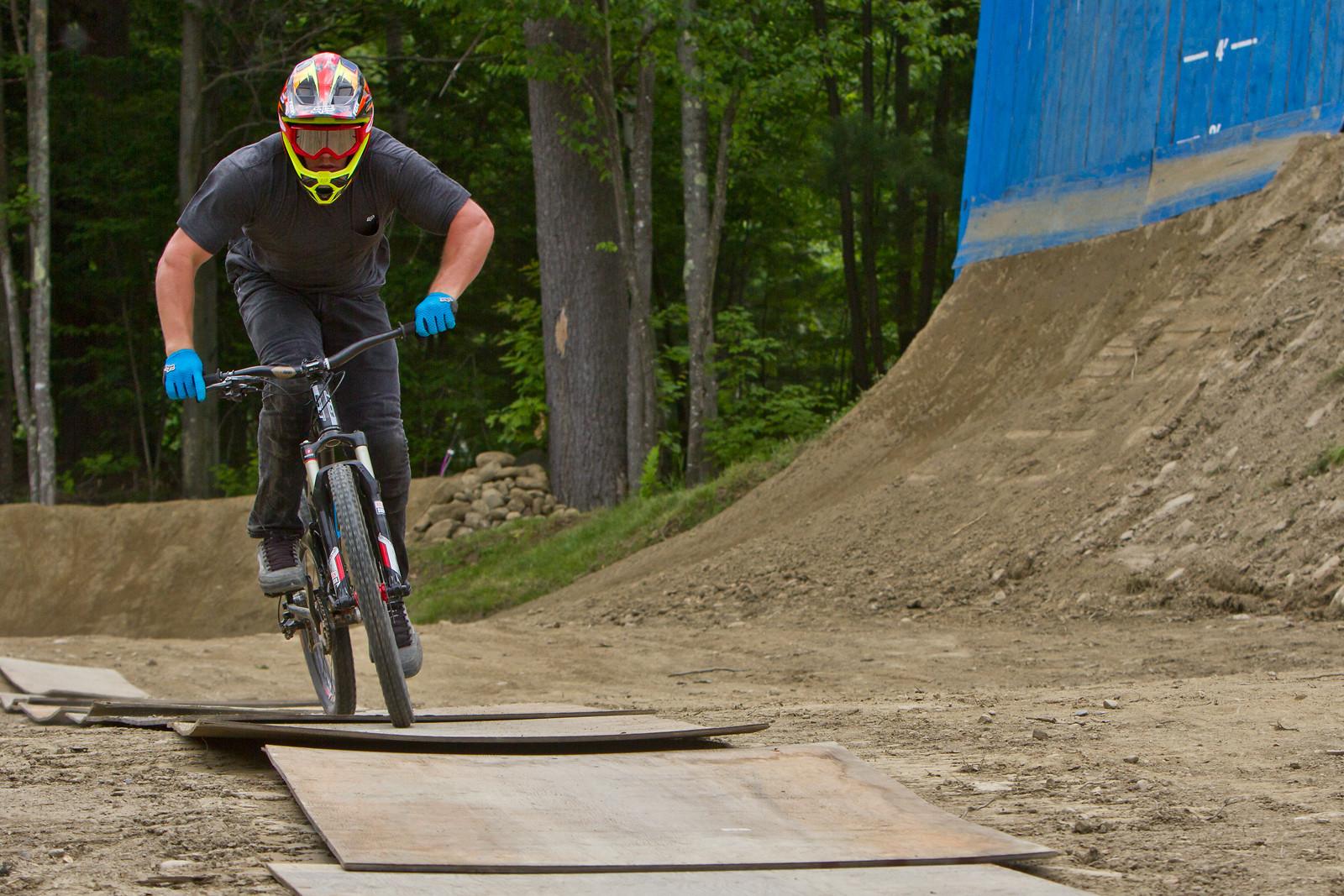 Kyle Strait - Smutok - Mountain Biking Pictures - Vital MTB
