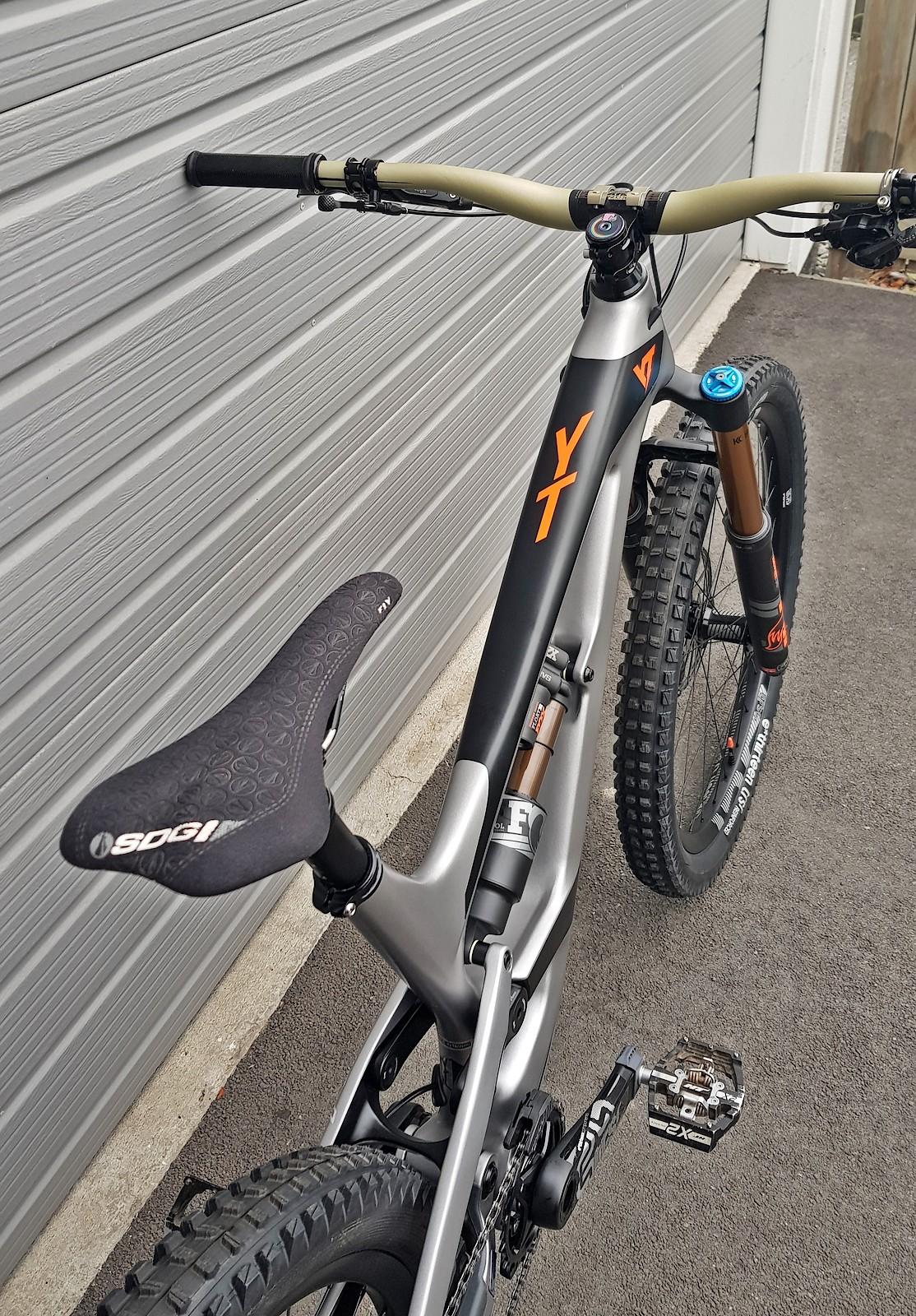 YT Capra 27 CF Pro Race - nickb01's Bike Check - Vital MTB